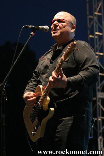 Frontman Pixies je sporočil, da bo rock opera z njegovo glasbo premierno predstavljena letos novembra. Naslovljena Bluefinger: The Fall And Rise of Herman Brood bo obravnavala življenje nizozemskega umetnika Hermana Brooda, Black pa je za rock opero prispeval glasbo (album Bluefinger, 2007)....