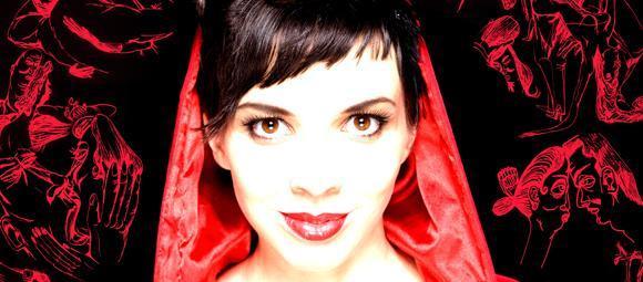 """Vesna Zornik predstavlja """"Libertango"""", drugi single s svojega samostojnega prvenca """"TangoApasionada"""", ki ga je letos izdala pri založbi Celinka. TangoApasionada je zbirka desetih priredb znanih skladb argentinskega tanga med katerimi je tudi novi single, ki je predelava skladbe I've Seen That Face Before (Libertango), s katero je Grace Jones leta 1981 doživela velik uspeh na..."""