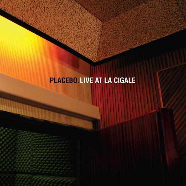 2011, Virgin Records / DallasŠestega marca 2006 je trojica Brian Molko, Stefan Olsdal in tedanji bobnar Steven Hewitt, poznana kot alternativna skupina Placebo, izvedla nastop v pariškem La Cigale. Kratek, le 29 minutni izdelek, je bil vključen v fizično izdajo njihove diskografije v juniju 2009 pri EMI Group The Hut recording (kar je sprožilo polemike,...