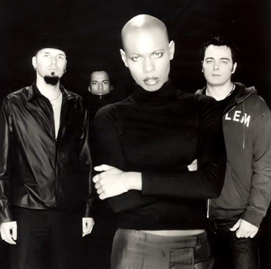 You Saved Me je že tretji singel s četrtega studijskega albuma Wonderlustre angleških rockerjev Skunk Anansie in bo nasledil uspešna singla My Ugly Boy in Over the Love. Skunk Anansie je angleška rock skupina, ki je bila ustanovljena leta 1994, leta 2001 so se razšli in se leta 2009 ponovno združili. Skupino sestavljajo Skin, Cass...
