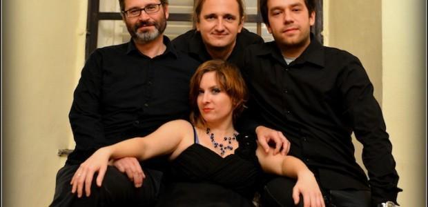 V sodelovanju z organizatorjem vam v nagradni igri poklanjamo 2 x 2 vstopnici za koncert zasedbe Mascara Quartet, ki bo 7. 11. 2013 v Etno klubu Zlati zob.