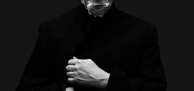 Marilyn Manson bo 20. januarja izdal svoj deveti album The Pale Emperor, v posluh pa pošilja komad Deep Six.