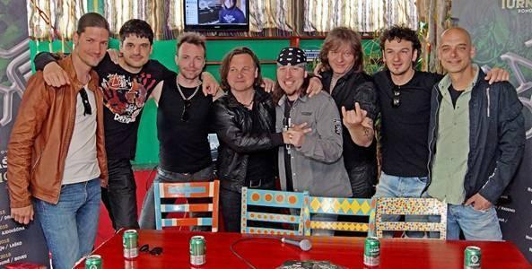 Šank Rock predstavljajo novo skladbo, naslovljeno Ni sreče brez R'n'R
